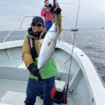 湾奥ルアー五目の釣果報告!!ワラサ浮上しましたよ。